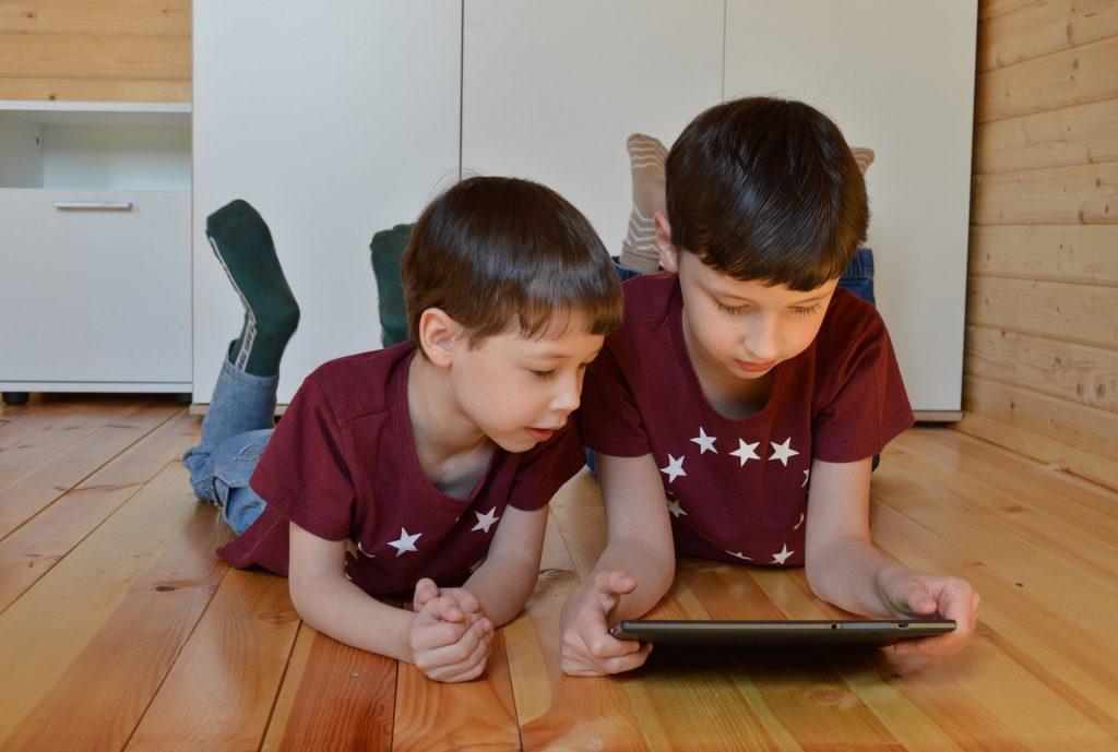 אינטרנט מקצועי בית עם ילדים