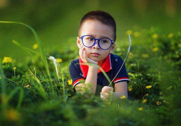 בעיות ראיה בקרב ילדים: עד כמה זה שכיח ומה ניתן לעשות?