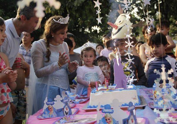 מה קונים ליום הולדת של בן שנתיים?