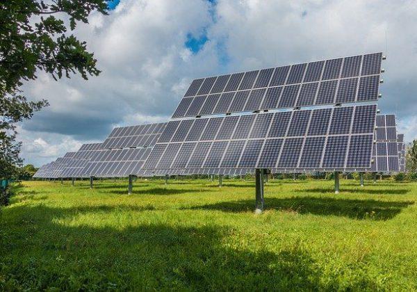 פאנלים סולאריים: הגג הפרטי יכול להניב לכם רווחים!